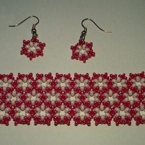 Piros - Fehér kis virágos szett