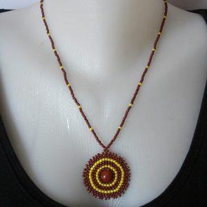 Barna - Citromsárga medálos nyaklánc