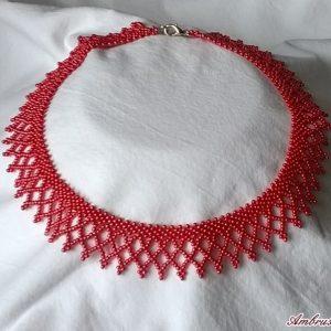 Piros erdélyi nyaklánc