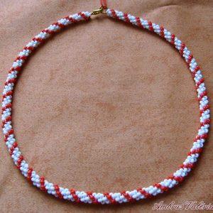 Fehér - Piros gyöngyhurka