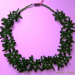 Zöld - Fekete korallos nyaklánc