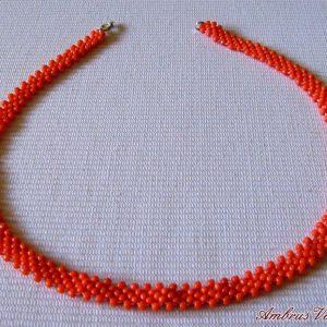 Narancssárga gyöngyszalag nyaklánc