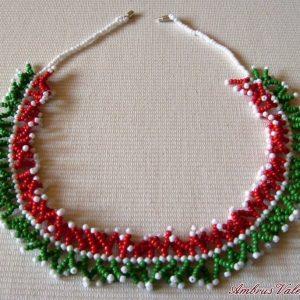 Piros – Fehér – Zöld korallos nyaklánc