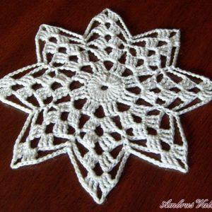 Fehér csillag horgolt terítő