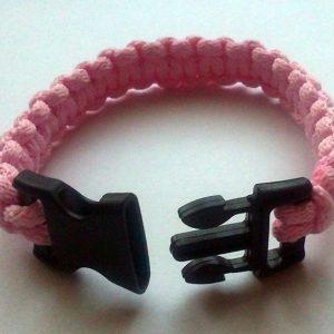 Rózsaszín makramé cobra karkötő csatos