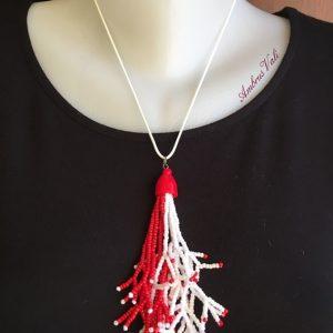 Piros - Fehér korallbojtos medál