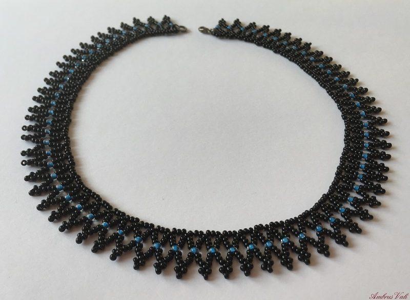 Fekete – Kék kis tászli