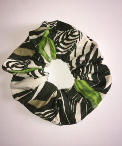 Zöld levélmintás hajgumi normál